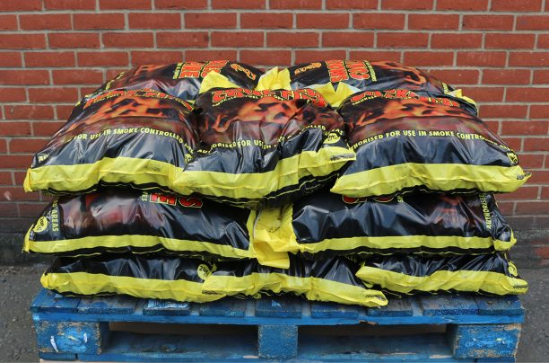 Quarter pallet of 20kg smokeless coal