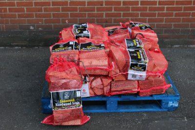 Quarter pallet of seasoned logs