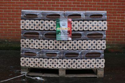 full pallet of lgforno pizza oven logs