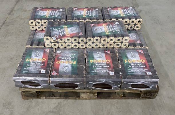quarter pallet of lgforno pizza oven logs