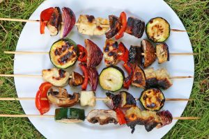 vegetable and halloumi bbq skewers
